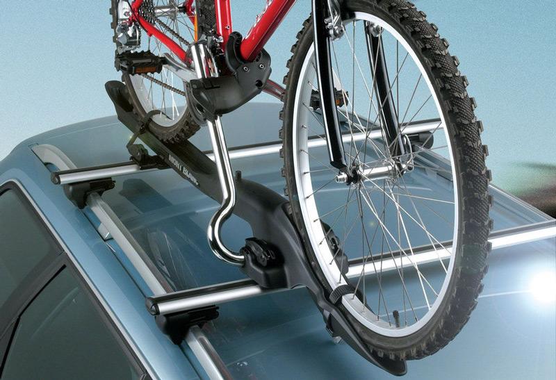 Багажник на крышу автомобиля для велосипеда